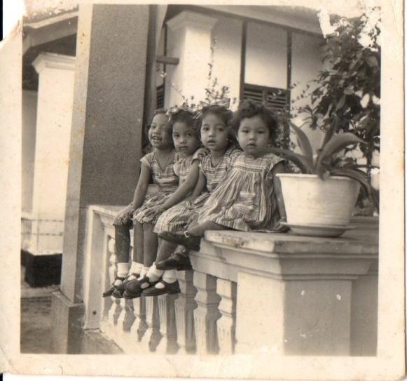 4 Chantik Nonyas.
