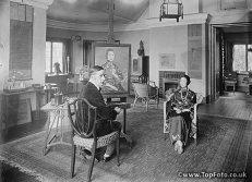 Mrs. Wellington Koo with artist Edund Dulac, 117 Ladbroke Rd, August 19, 1921